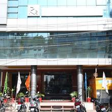 OYO 1548 Hotel Pleasure Inn in Bhopal