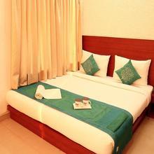 OYO 2911 The Pearl Hotel in Serampore