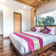 OYO 6829 Hotel Crown Inn in Taloje Panchnad