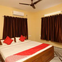 OYO 9000 The Syncretic Guest House in Kolkata