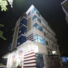 OYO 9367 Hotel Taj Galaxy in Dhanauli