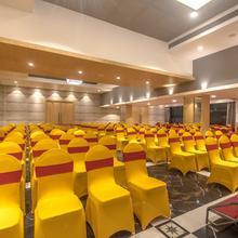 OYO 9561 Hotel Gopalas Residency in Shelar