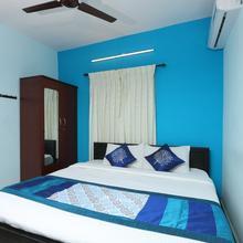 OYO 9763 Aspen Apartment in Veerapandi