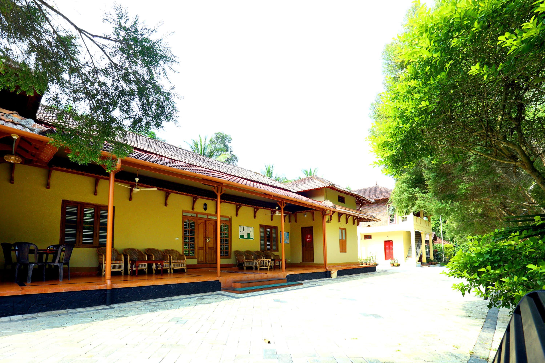 OYO 4481 Hiliya Resort in Meenangadi
