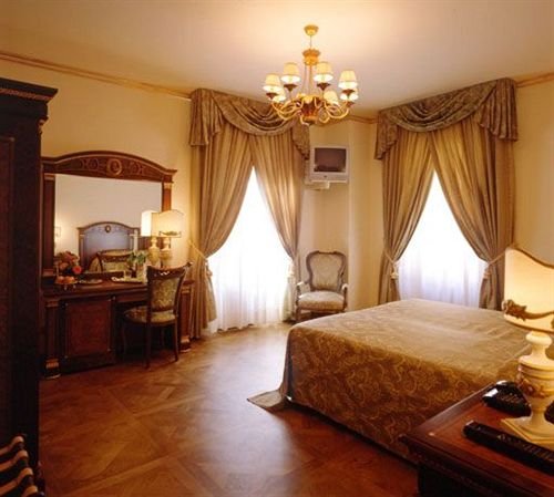 Palazzo Alexander Hotel in Loppeglia