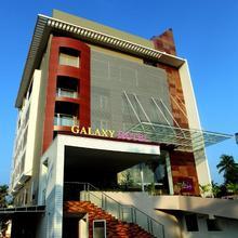 Paravoor Galaxy Hotel in Chendamangalam
