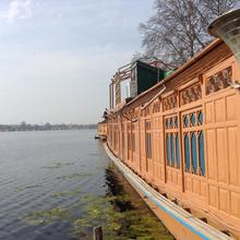 Peace of Mind Group of Houseboats in Ganderbal