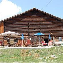 Pension Alpina in Paspels