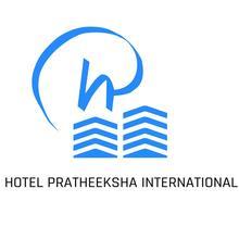 Pratheeksha Hotel in Cheruthazham