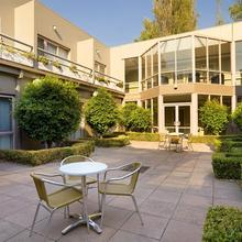 Kimberley Gardens Hotel Serviced Apartments in Dingley