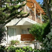 Rantzo Holiday Apartments in Pakhna