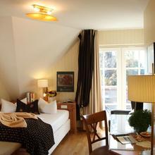 Romantik Hotel Namenlos in Hessenburg