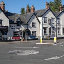 Rose and Crown Hotel in Clare