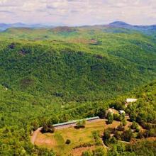 Saluda Mountain Lodge in Saluda