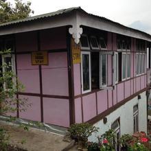 Sanu Homestay in Rinchingpong