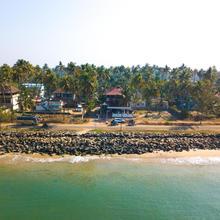 Sapphire Club Cherai Beach Villa in Chendamangalam