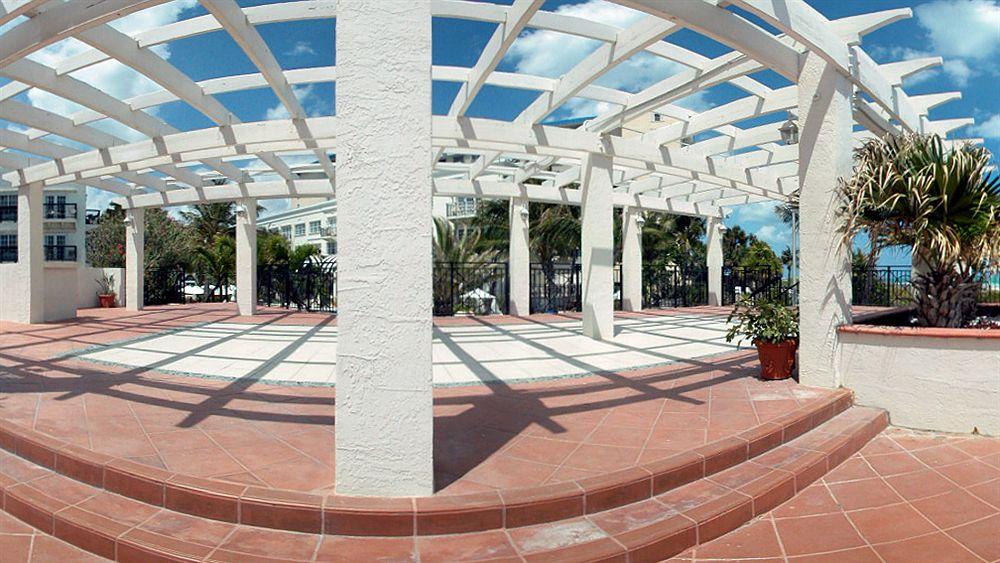 Savoy Hotel in Miami Beach