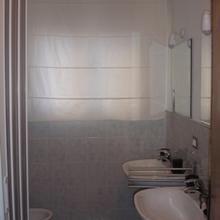 https://images.ixigo.com/image/upload/c_fill,w_220,h_220/soggiorno-fortezza-fiorentina-florence-image-524f0ef1cd83ae842a2f7135