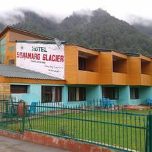 Sonamarg Glacier in Sonmarg
