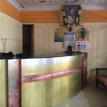 Sri Swaminatha Lodge in Vilavur