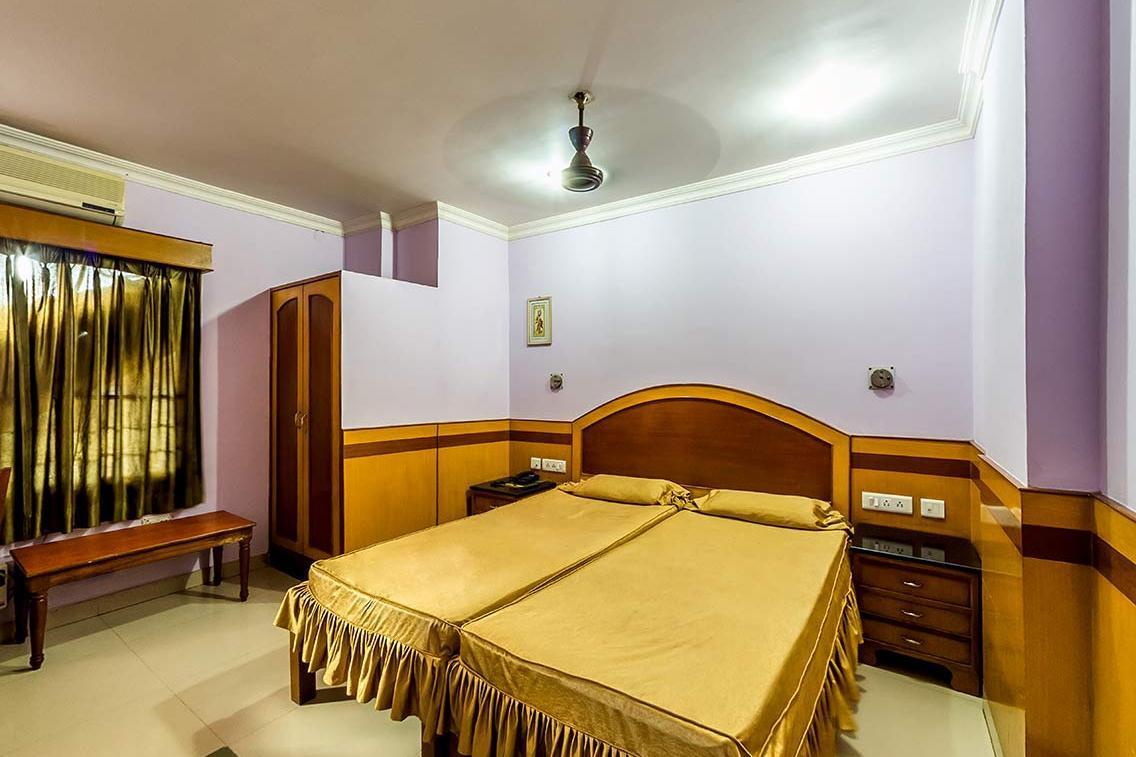 Star Lodge in Dharapur