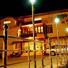 Sun N Snow Hotel in Mussoorie