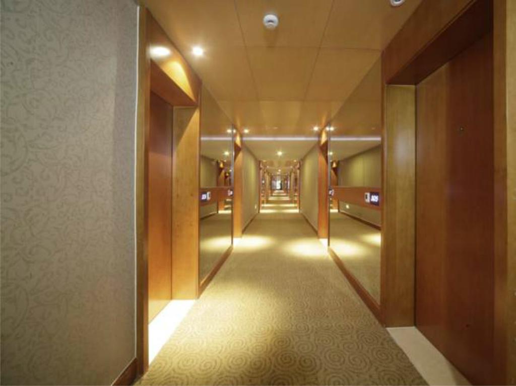 Suzhou Joy Holiday Hotel in Weitang