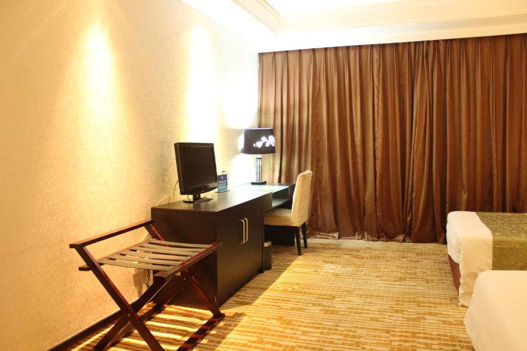 Taishideng International Hotel in Gaoliying