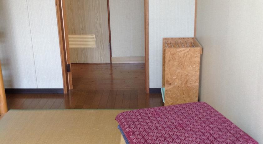 Tamaya Youth Hostel in Oka-chugamizu