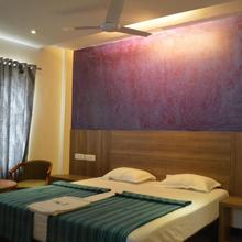 Temple City Hotels India Pvt. Ltd in Vadipatti
