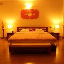 The Pink Door Hotel in Loleygaon