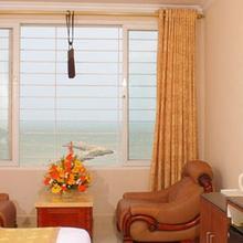 The Seashore Hotel in Anjugramam