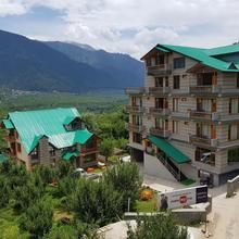 Tree Hill Cottages in Manali