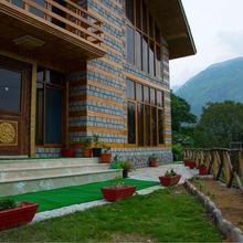 V Resorts Kullu in Bhuntar
