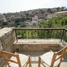 Vasilopoulos House in Anaphotia