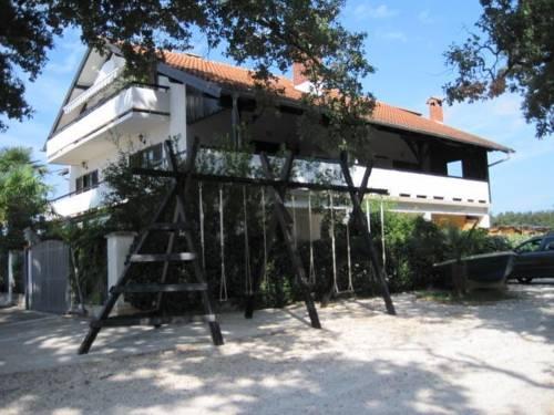 Villa Paolija in Materada