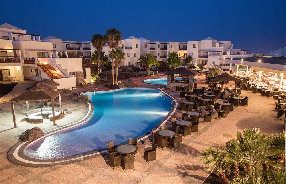 Vitalclass Lanzarote Sport & Wellness Resort in Mala