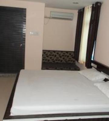 Raj Inn