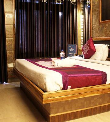 OYO 4111 Hotel Shivraj