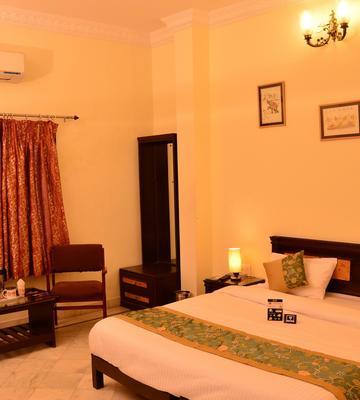 OYO 2689 Hotel Karan Villas
