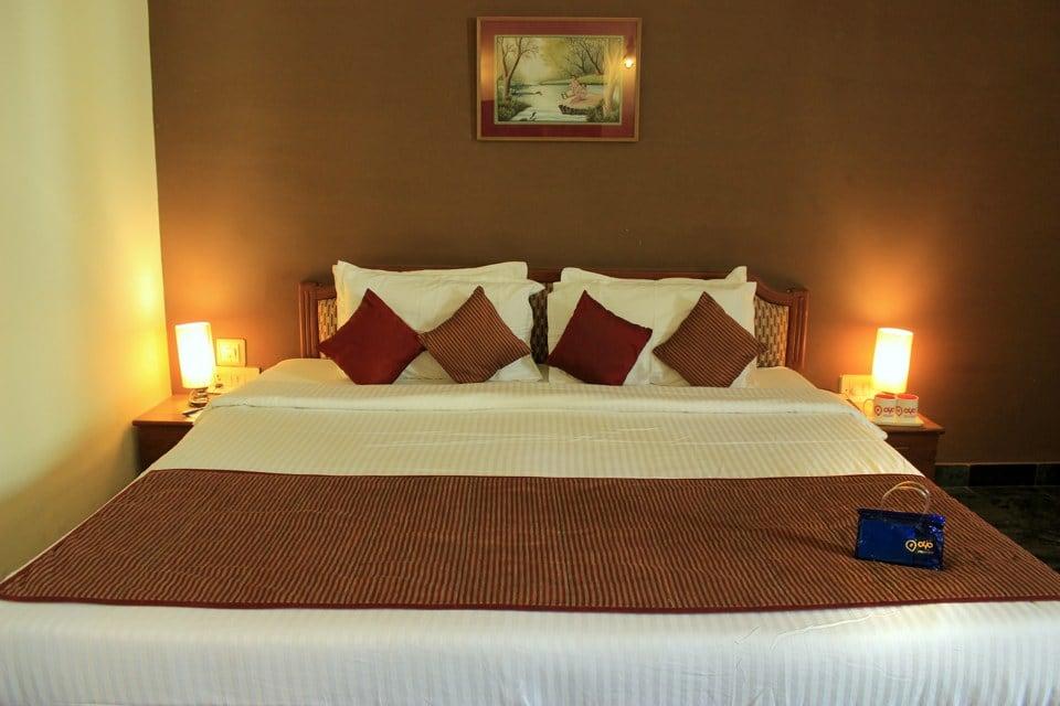OYO 1830 Hotel Vishnupriya