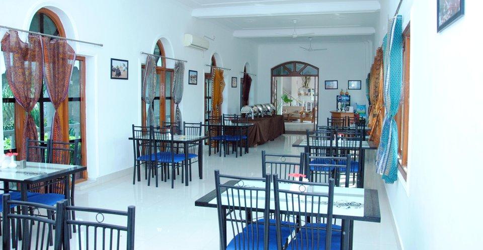 OYO 2547 Hotel Isabel