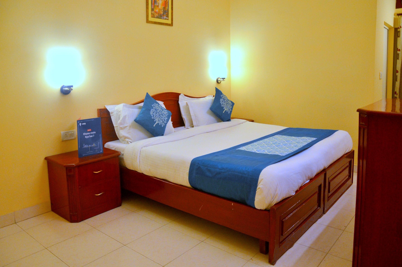 OYO Rooms Bhoothnath Market 1