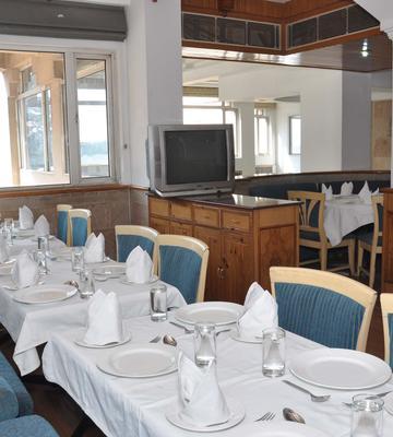 OYO 2758 Hotel Baljees Regency