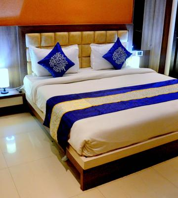 OYO 3233 Hotel Royal Galaxy