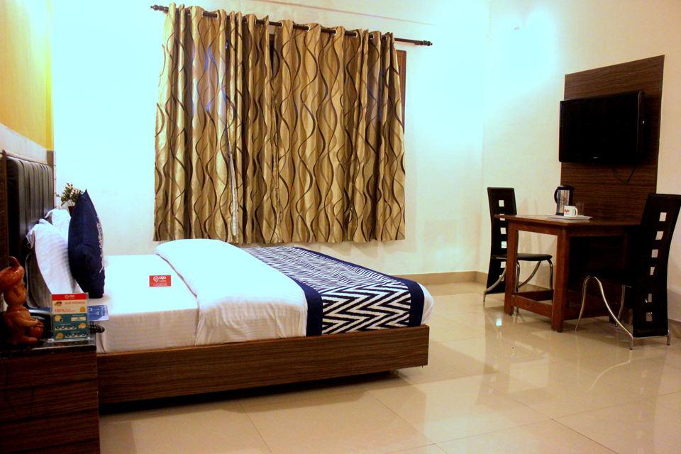 OYO 1046 Hotel Devlok Primal