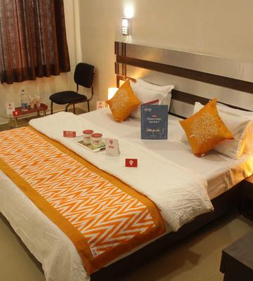 OYO 3603 White Pearl Hotel Deluxe