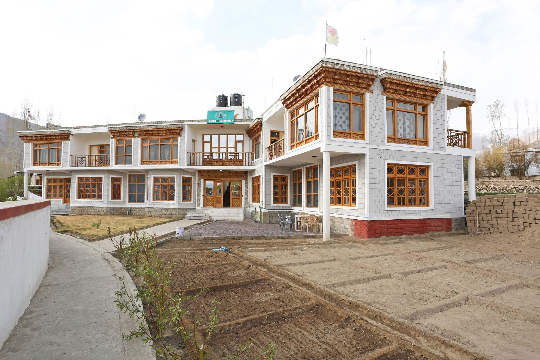 OYO 5203 Katpa Residency
