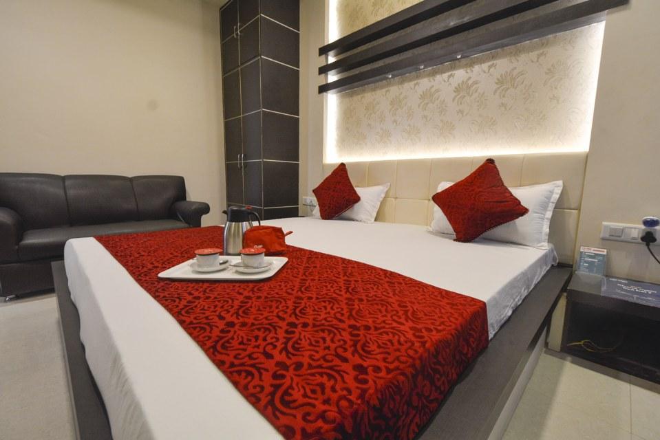 OYO 493 Hotel Rameshwaran Vatika