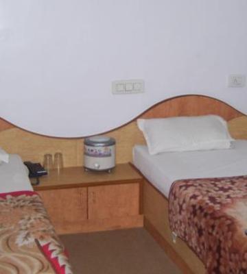 Shree Aditya Hotel